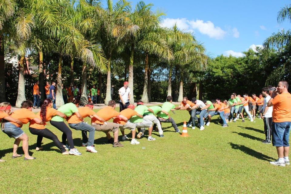 Melhores gincanas, dinâmicas e atividades para Retiro de Carnaval